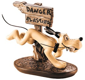 WDCC Disney Classics_The Delivery Boy Pluto Dynamite Dog