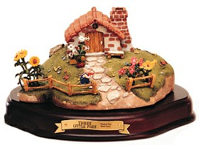 WDCC Disney Classics_Three Little Pigs Practical Pig Brick House