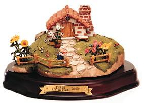 WDCC Disney Classics_Three Little Pigs Practical Pig Brick House