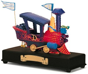 WDCC Disney Classics_Main Street Parade Goofy's Train