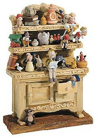 WDCC Disney Classics_Pinocchio Geppetto's Toy Creations (hutch) Geppetto's Toy Creations