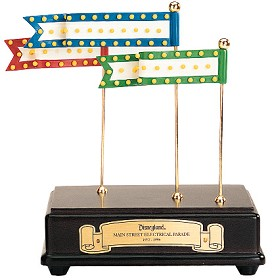 WDCC Disney Classics_Main Street Parade Musical Accessory
