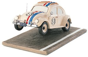 WDCC Disney Classics_The Love Bug Herbie Raring To Race