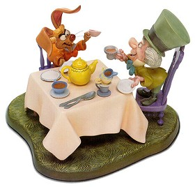 WDCC Disney Classics_Alice In Wonderland Mad Hatter And March Hare A Very Merry Unbirthday