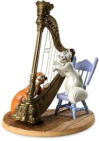 WDCC Disney Classics_The Aristocats Duchess And Omalley Plucking The Heart Strings