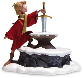 WDCC Disney Classics_The Sword In The Stone Arthur Seizing Destiny