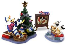 WDCC Disney Classics_Donald And Tree Tv And Donalds Nephews Hat Trick