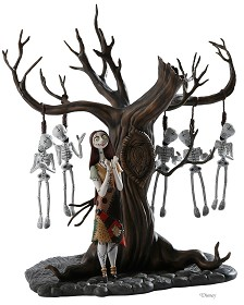 WDCC Disney Classics_The Nightmare Before Christmas Sally With Skeleton Tree