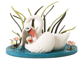 WDCC Disney Classics_The Ugly Duckling And Mother A Loving Embrace