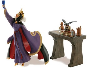 WDCC Disney Classics_Snow White Evil Queen And Raven Now Begins Thy Magic Spell