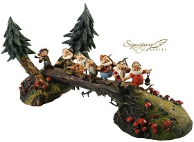 WDCC Disney Classics_Snow White And The Seven Dwarfs Heigh Ho