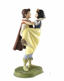 WDCC Disney Classics_Snow White and Prince Fairytale Ending