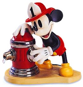 WDCC Disney Classics_Mickey's Fire Brigade Mickey Mouse Fireman To The Rescue
